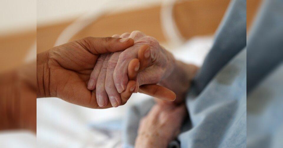 108-Jährige geimpft: «Hoffentlich hört Seuche bald auf»