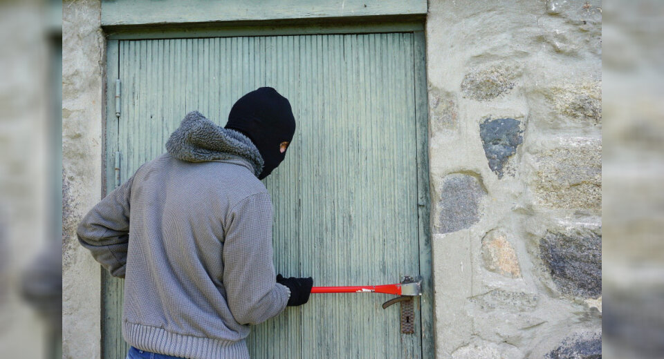Geislingen – Einbrecher machen Lärm