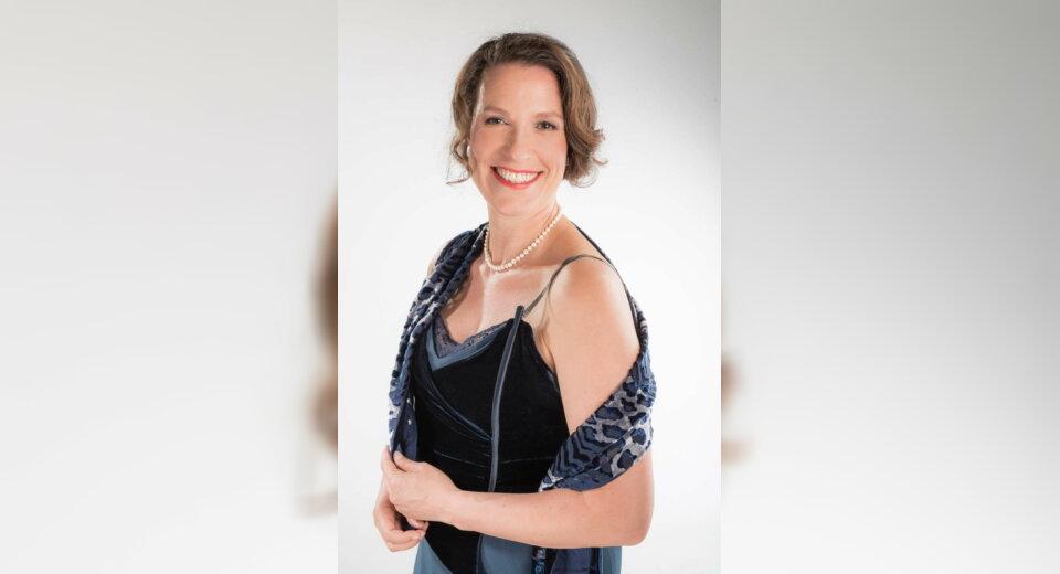 """Henriette Gärtner spielt Klavierkonzert """"Liebesglück"""" in Meßkirch"""