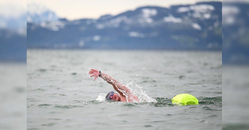 Allgäuer bricht deutschen Eisschwimm-Rekord im Bodensee