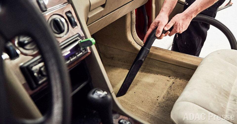 So wird das Auto frühlingsfit: Von Innenraumreinigung bis Reifenwechsel – ADAC gibt Tipps
