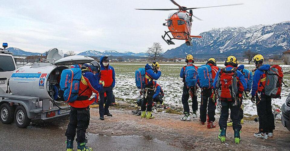 """Bergwacht Bayern zieht Bilanz (Winter 2020/21): """"Viele Menschen, weniger Verletzte, schwierige Einsätze"""""""