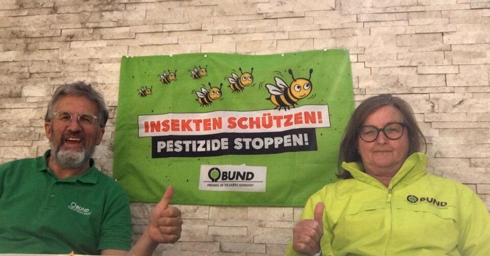 """Irmgard Vögtle-Laub und Bruno Sing bei der BUND Landesdelegiertenversammlung: """"Rettet den Altdorfer Wald, mehr Klimaschutz und blühende Blumenwiesen"""""""
