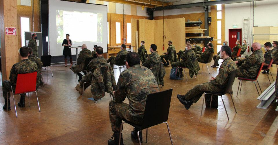 Bundeswehr unterstützt bei Testungen in Alten- und Pflegeheimen