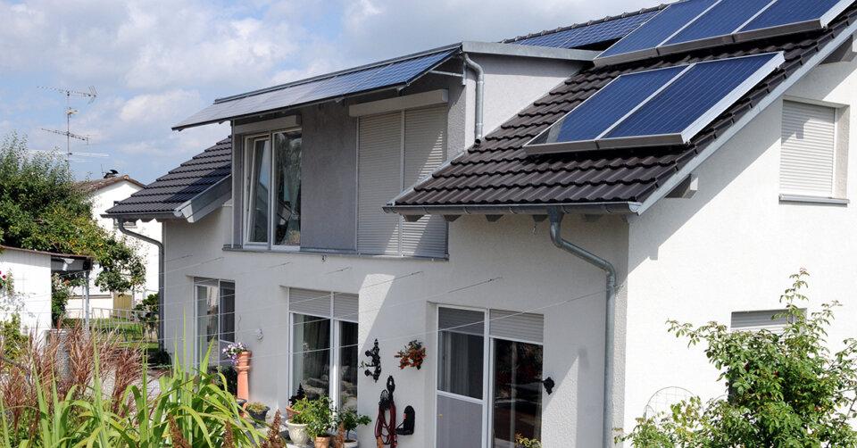 Mit Solarenergie sein eigener Stromlieferant werden: Was spricht dafür und was dagegen?