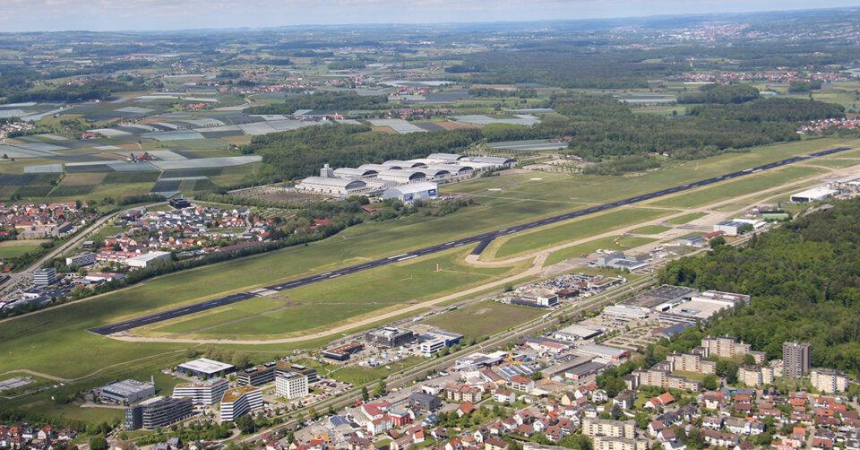 Bodensee-Airport überschuldet – Grundstücksverkauf soll knapp 22 Millionen Euro einbringen