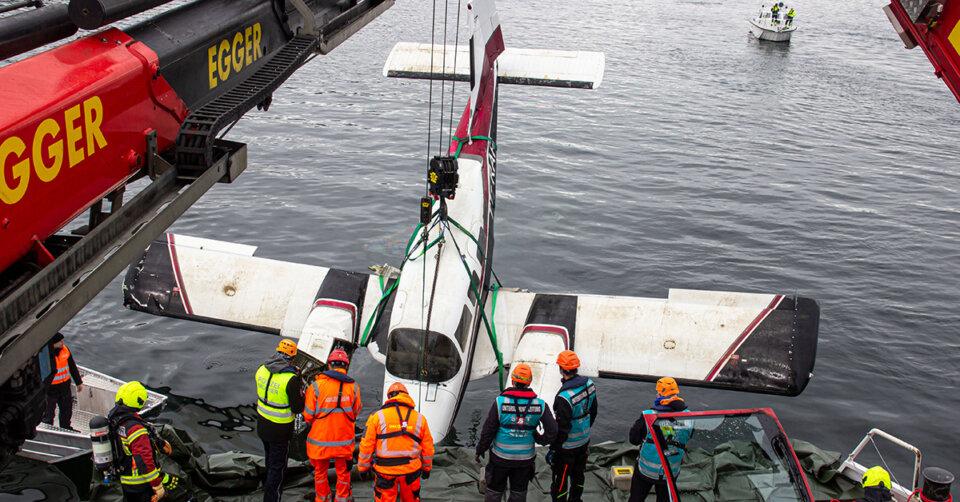 Abgestürztes Flugzeug aus dem Bodensee geborgen