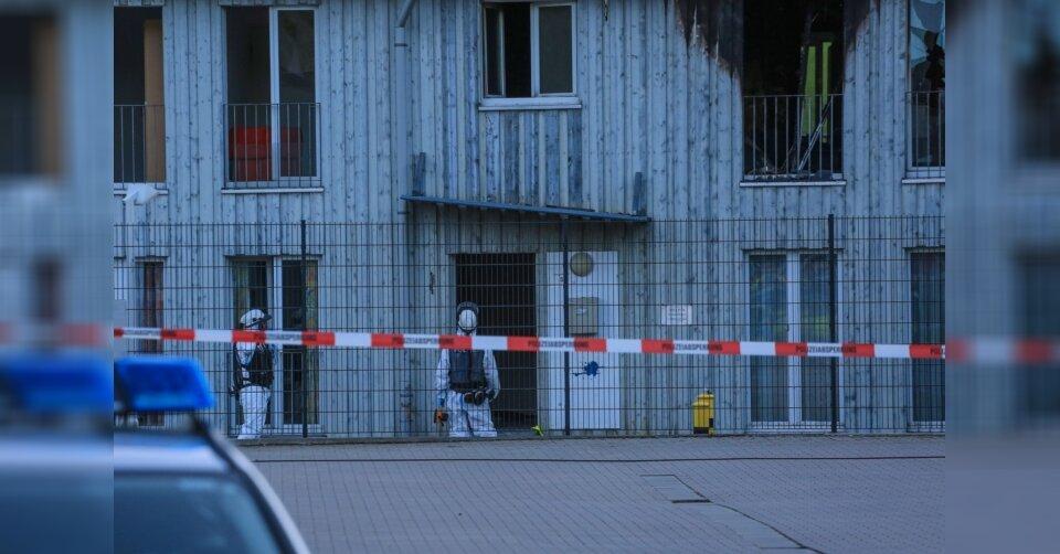 Frau und Kleinkind sterben bei Brand: Ermittlungen laufen
