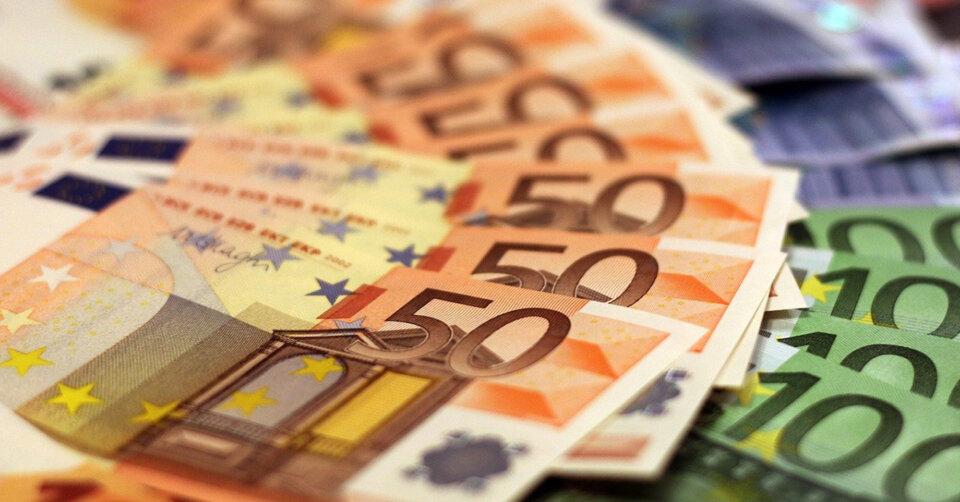 Bankenaufsicht fordert ab dem 8. August 2021 bei Bareinzahlungen von mehr als 10.000 Euro einen besonderen Nachweis über die Herkunft des Geldes