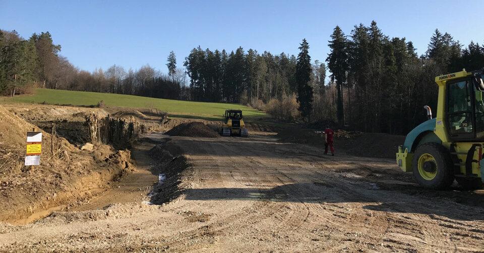 BUND Naturschutz verlangt Aufklärung und Stopp der Bauarbeiten für Hackschnitzelanlage am Motzacher Wald