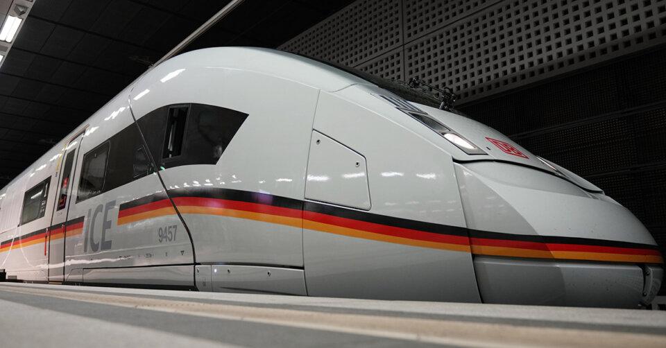 Bahn bietet zusätzliche Züge in die Ferienregionen