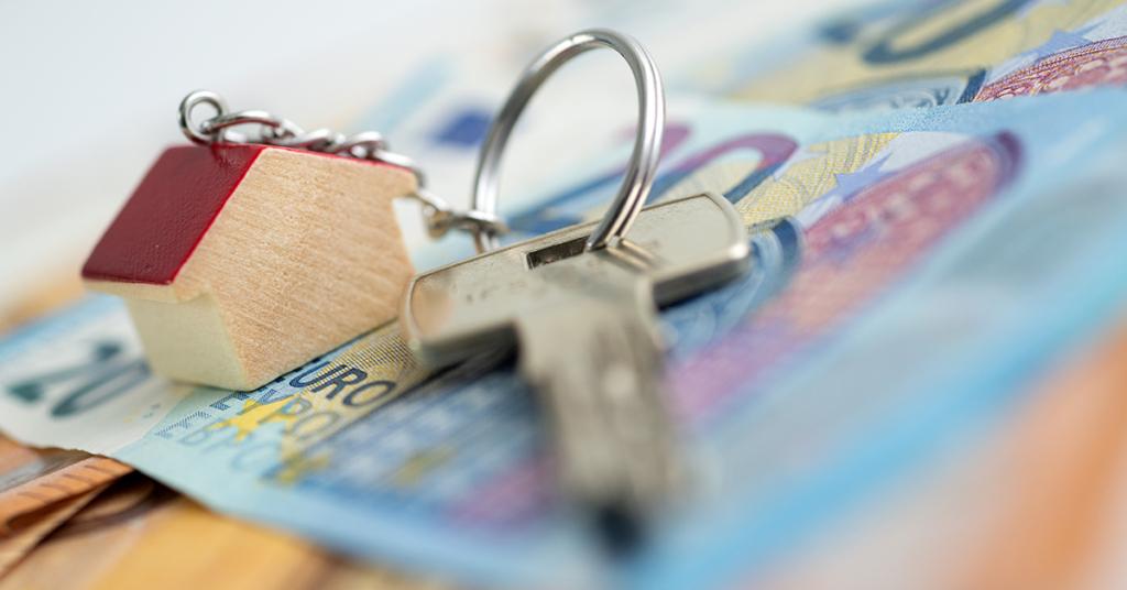 Für den Haus- oder Wohnungskauf sind mindestens 10 bis 15 % des Kaufpreises als Eigenkapital empfehlenswert.