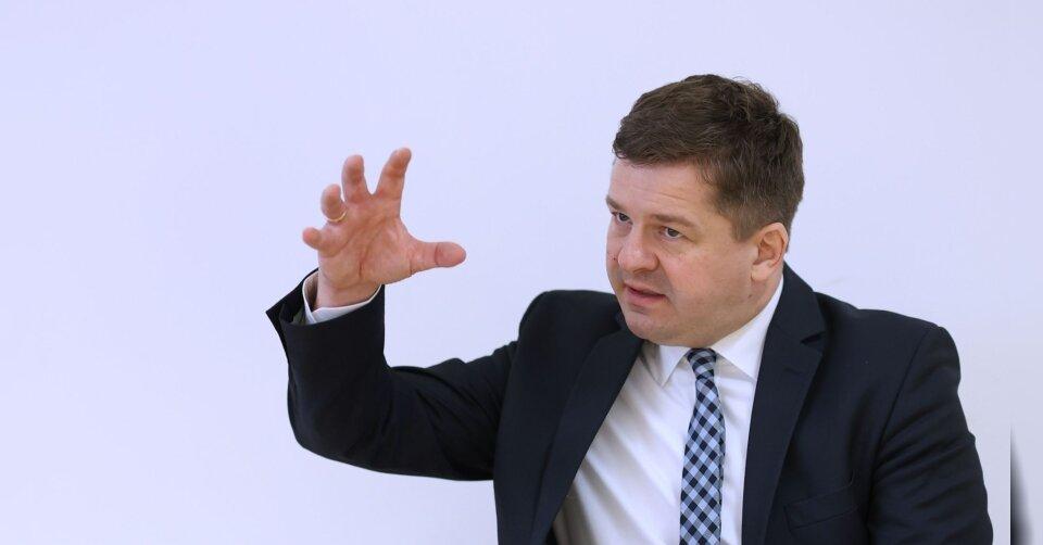 Kanzlerkandidatur: CDU-Chef will Kreisvorsitzende befragen