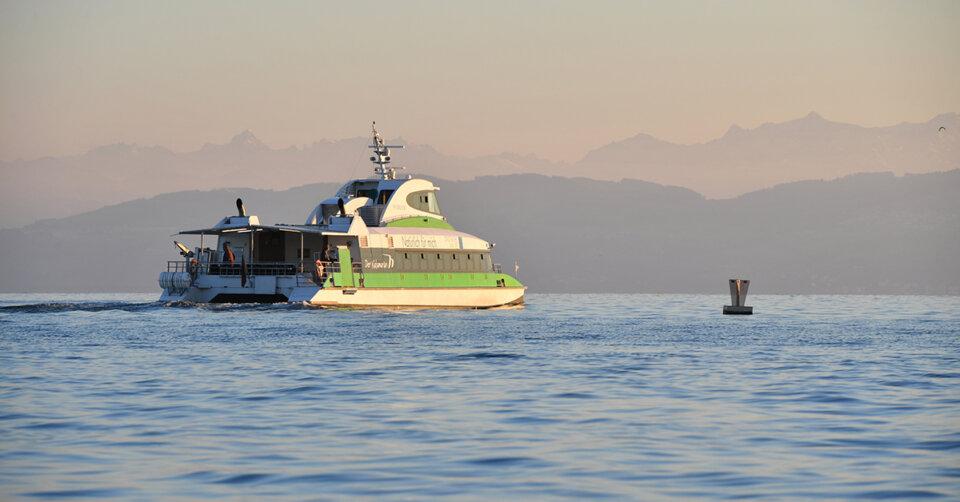 Volle Fahrt voraus: Katamaran wieder im Stundentakt unterwegs