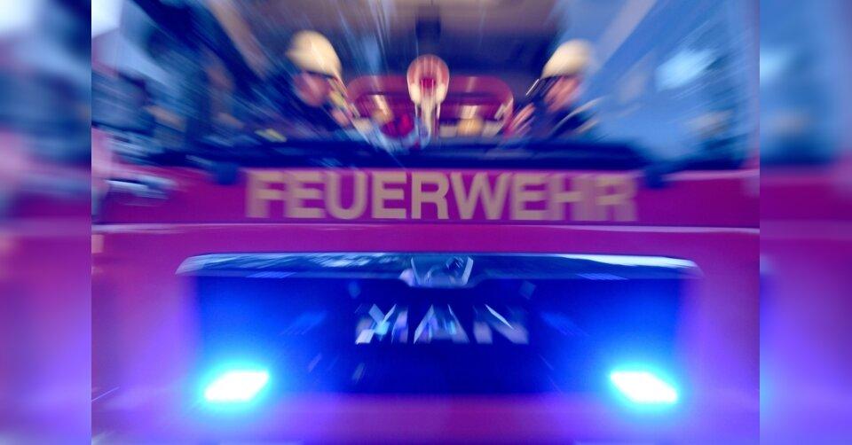 Kinderbett in Flammen: Nachbarn löschen Wohnungsbrand