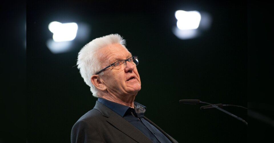 Kretschmann: Grüne weiter für höhere Spritpreise