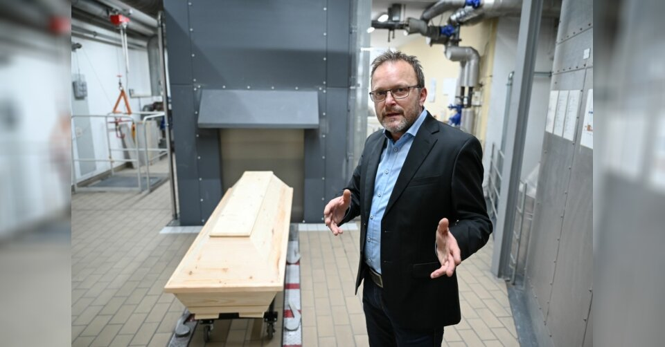 Lage in Krematorien entspannt sich langsam