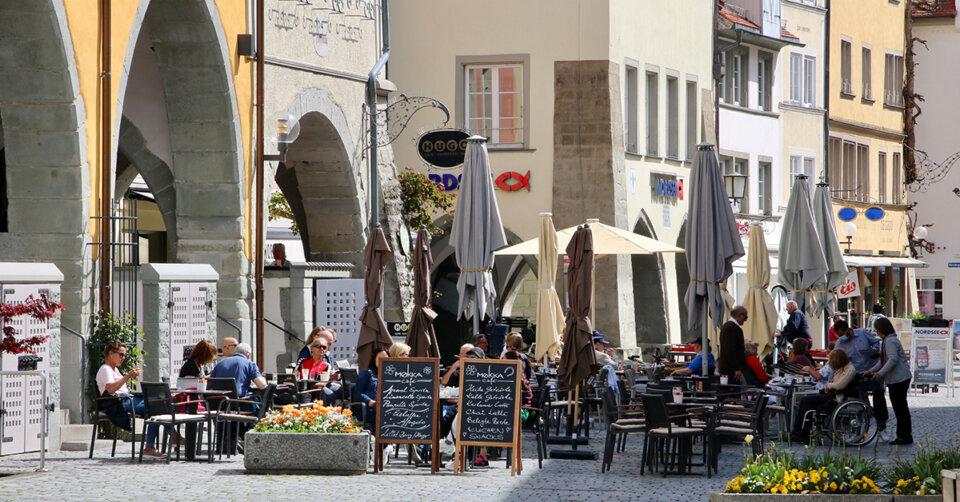 Außengastronomie in Lindau offen – Föhnsturm erschwert Betrieb