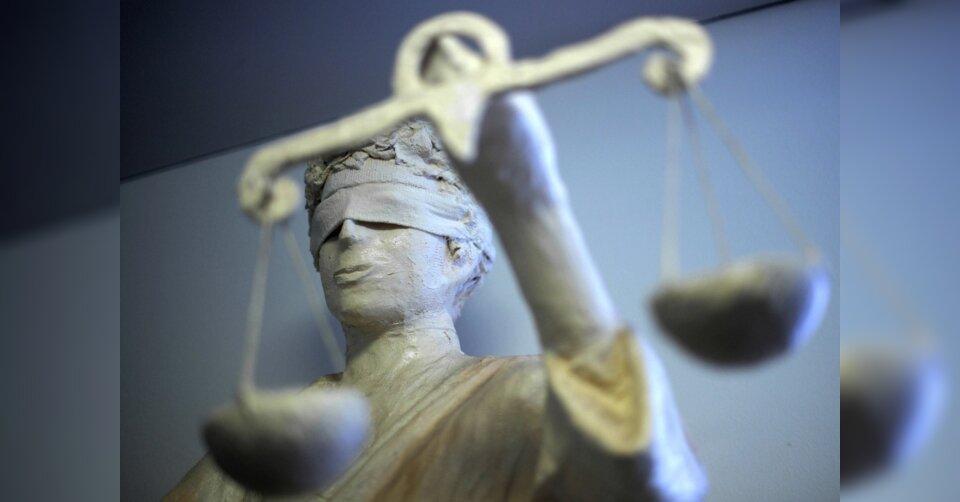 Mord mit Sektflasche: Lebenslängliche Strafe für 34-Jährigen
