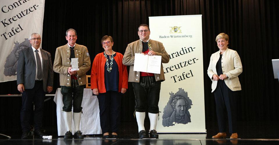 "Verleihung der ""Conrad-Kreutzer-Tafel"" an den MV Dietmanns"