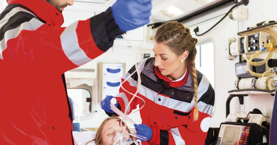 Ausbildung als Notfallsanitäter und Freiwilligendienst beim Deutschen Roten Kreuz