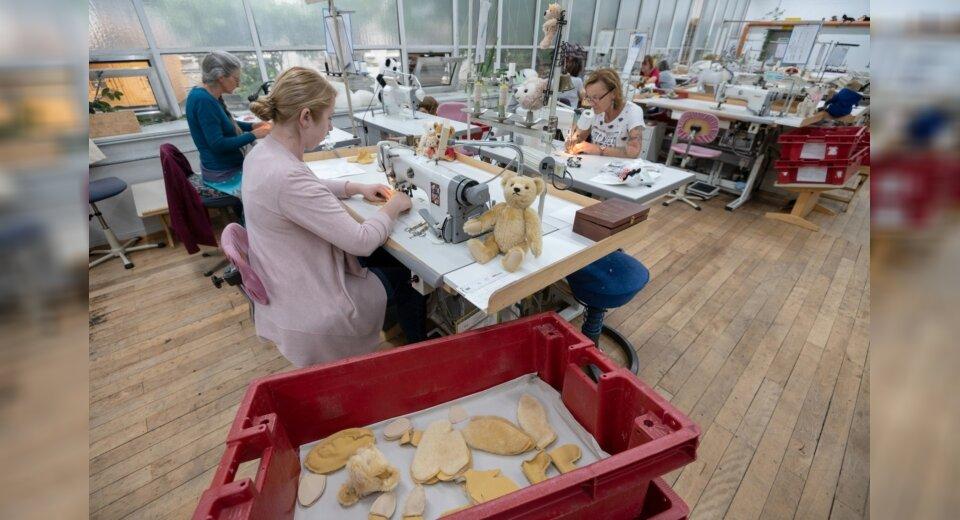 P wie Plüschtierhersteller Steiff: Vom Nadelkissen zum Teddy