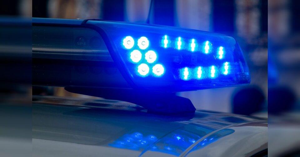 Polizei löst Feiern und Kartenrunde auf
