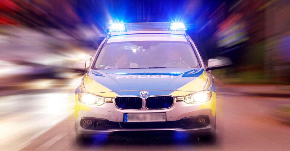 Filmreife Verfolgungsfahrt: 28-jähriger Mercedes Fahrer flüchtet vor Polizei