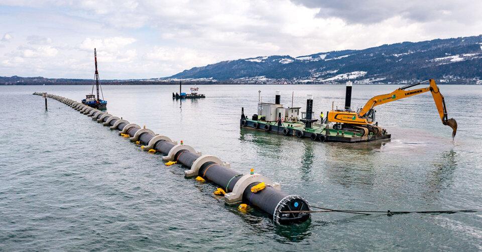 900 Meter lange Rohrleitung verlegt