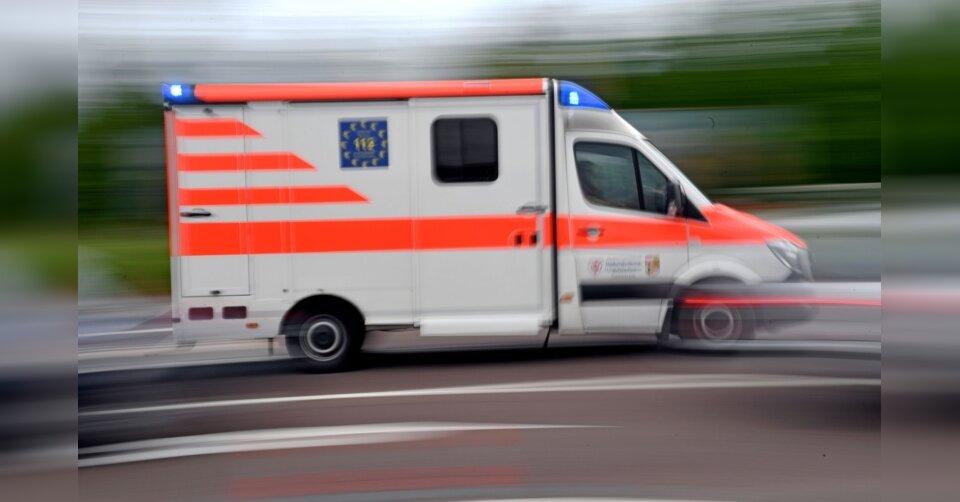 Radfahrer stirbt an schweren Verletzungen