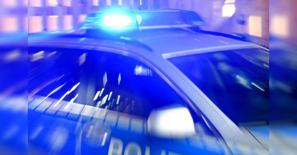 Randalierer beschädigen Dutzende Fahrzeuge in Göppingen