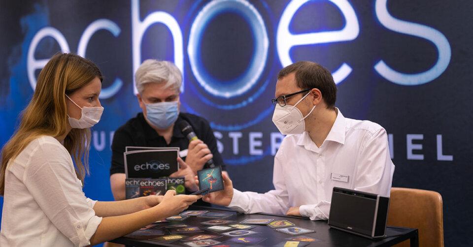 """Spannende Fälle rekonstruieren: Ravensburger präsentiert neues Audio Mystery-Spiel """"echoes"""""""