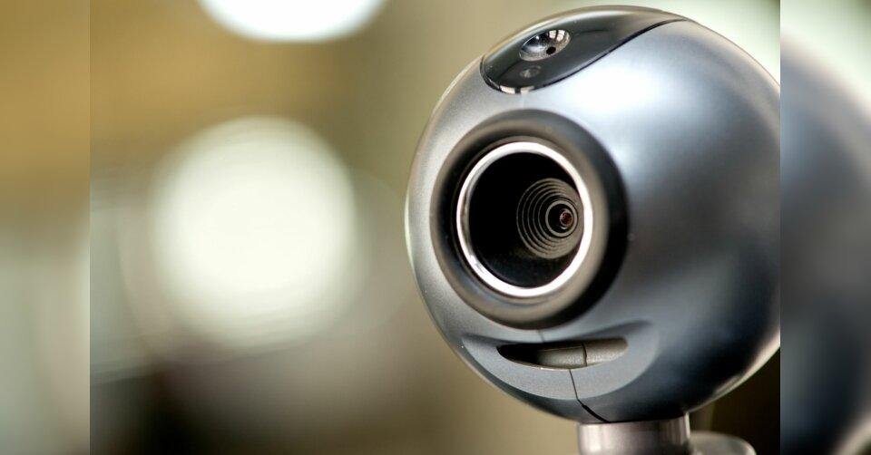 Richter und seine Webcam: Corona digitalisiert die Justiz