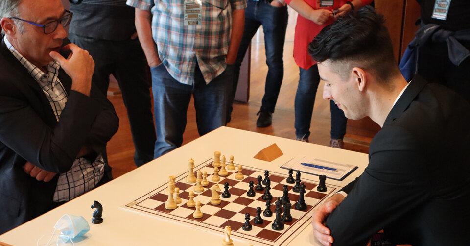 Jubiläumstag ein voller Erfolg: Schachverein Friedrichshafen feiert 100. Geburtstag