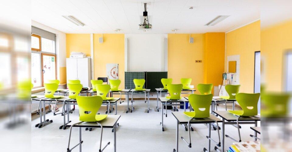 Schulen haben wieder im Fernunterricht begonnen