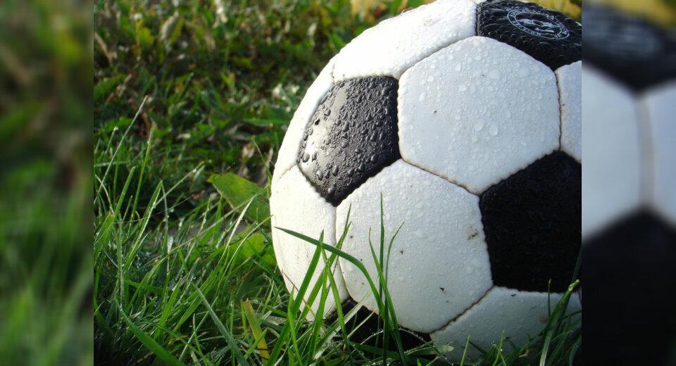 Der Fußballprofi ist zwar Vorbild, aber kein Freiwild