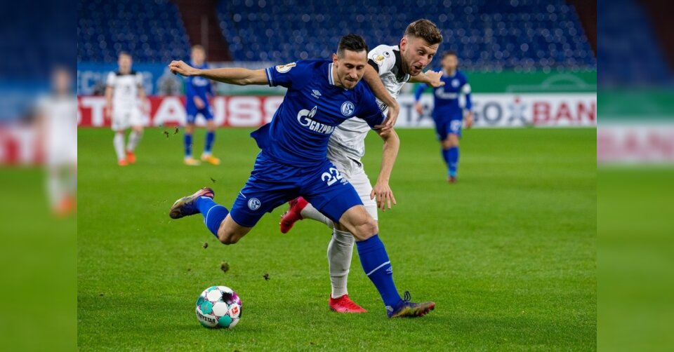 Stevens geht mit Sieg bei Schalke