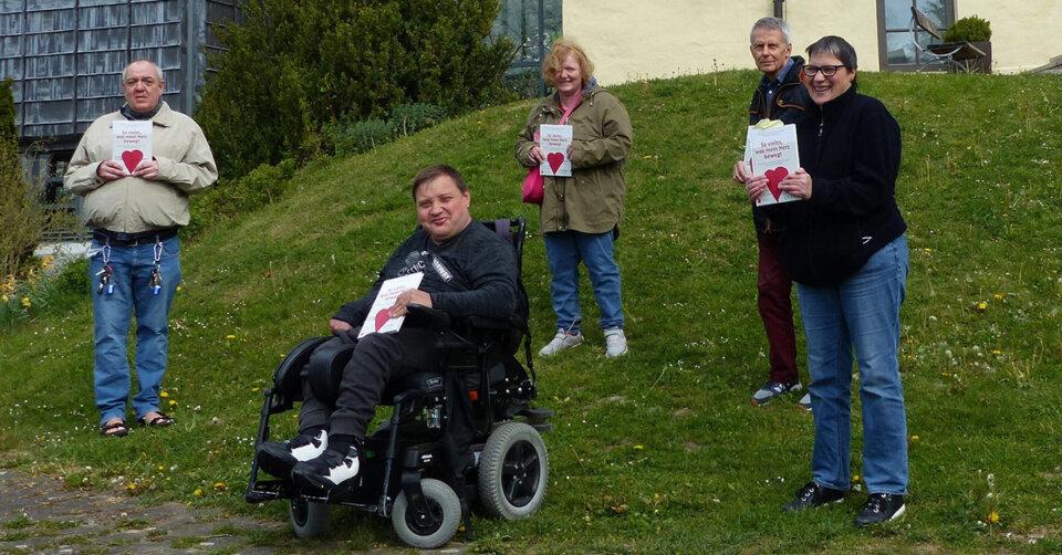 Bewegt und bewegend: Menschen mit Behinderungen sprechen über sich und die Welt