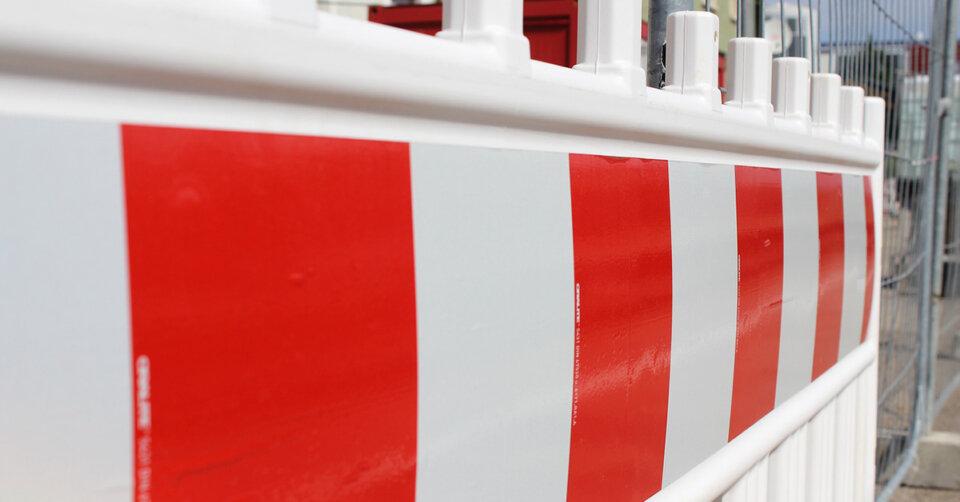 Versorgungsleitungen werden verlegt – mehrere Fahrbahnen gesperrt