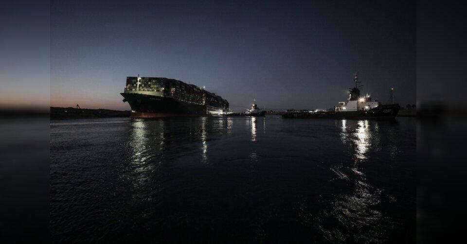 Suezkanal: Containerschiff «Ever Given» teilweise freigelegt
