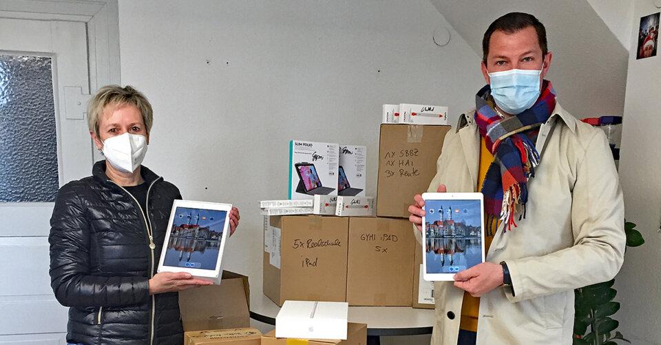 Weitere 40 iPads für Bad Waldseer Schüler eingetroffen