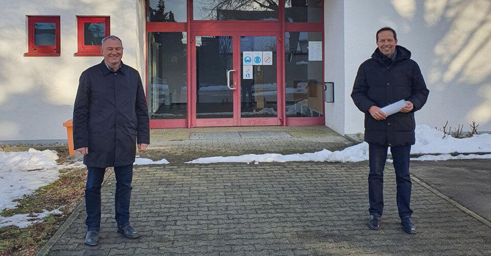 Land fördert Sanierung der Turn- und Festhalle in Oberessendorf mit 76.000 Euro
