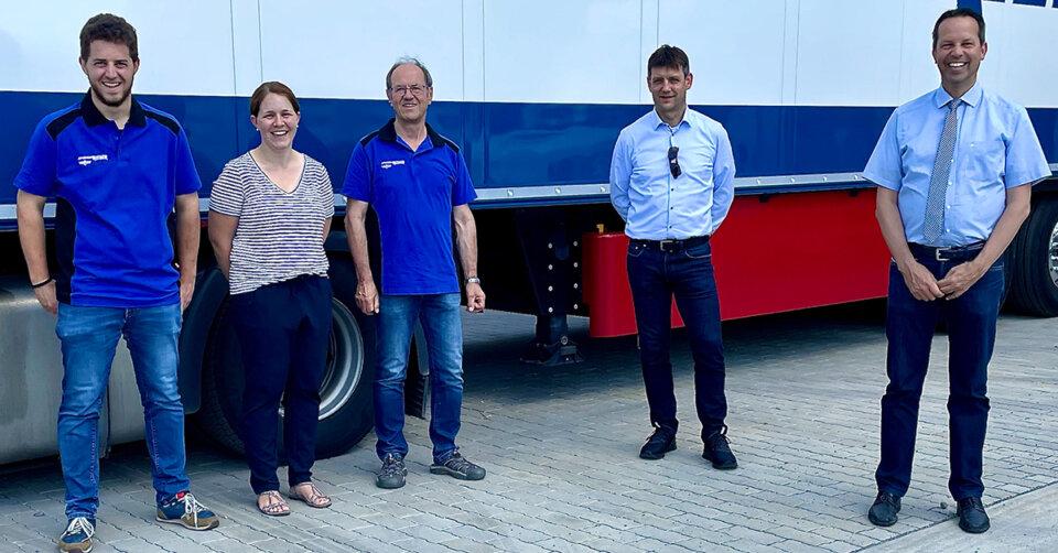 Kühler Kopf in der Krise: Thomas Dörflinger besichtigt die neue Kühlhalle der Spedition Rieber
