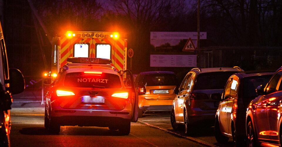 Im Streit die Treppe hinuntergestoßen: 71-Jähriger schwer verletzt