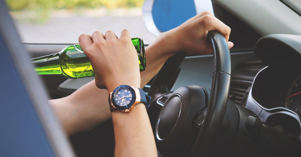 Trunkenheit am Steuer – Mann fährt mit über 2 Promille Auto