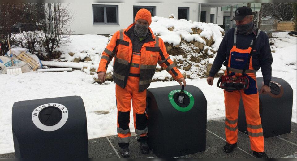 """Moderne Entsorgung durch """"Tuttlingen sauber"""" – Erste Unterflurglascontainer installiert"""