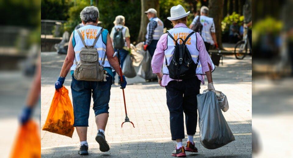 Über 1000 Helfer sammeln in Mannheim Müll von Rheinufer