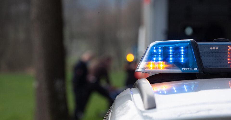 Mann verstirbt: Unfall zwischen einem Traktor und einer Harley-Davidson