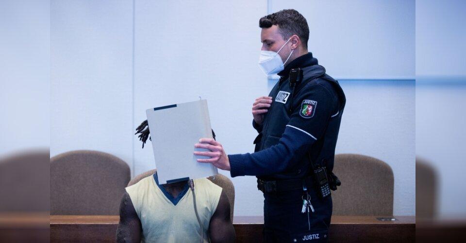Vergewaltiger soll Gefängniszelle angezündet haben