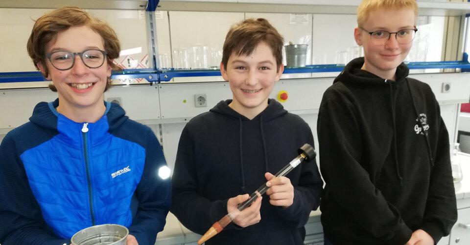 Schüler experimentieren – Sonderpreise beim Landeswettbewerb für die jungen Forscher und Forscherinnen